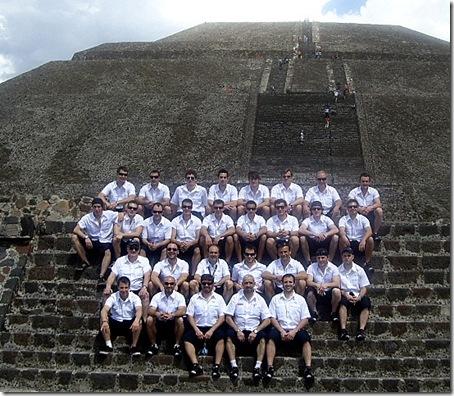 Selección Estatal Absoluta 2010 - piramide - México - edit